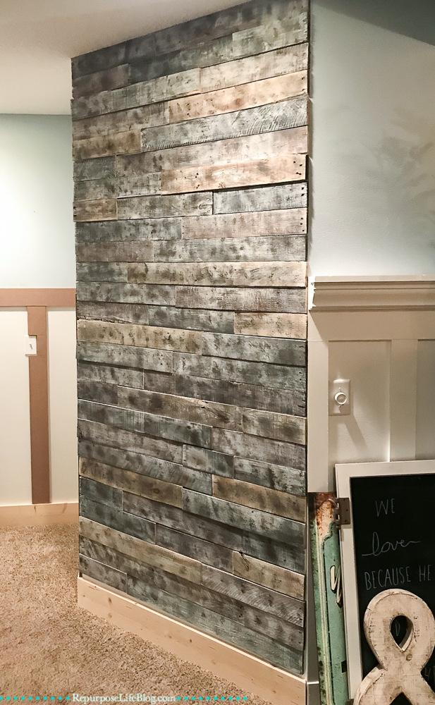 Pallet board wall treatment