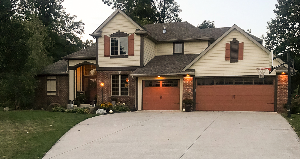 Craftsman Style Home with carriage doors