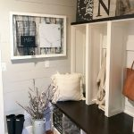 mudroom decorated for the one room challenge