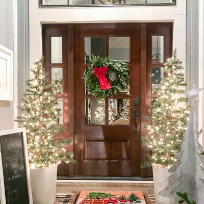 Christmas Outdoors Home Tour 2019