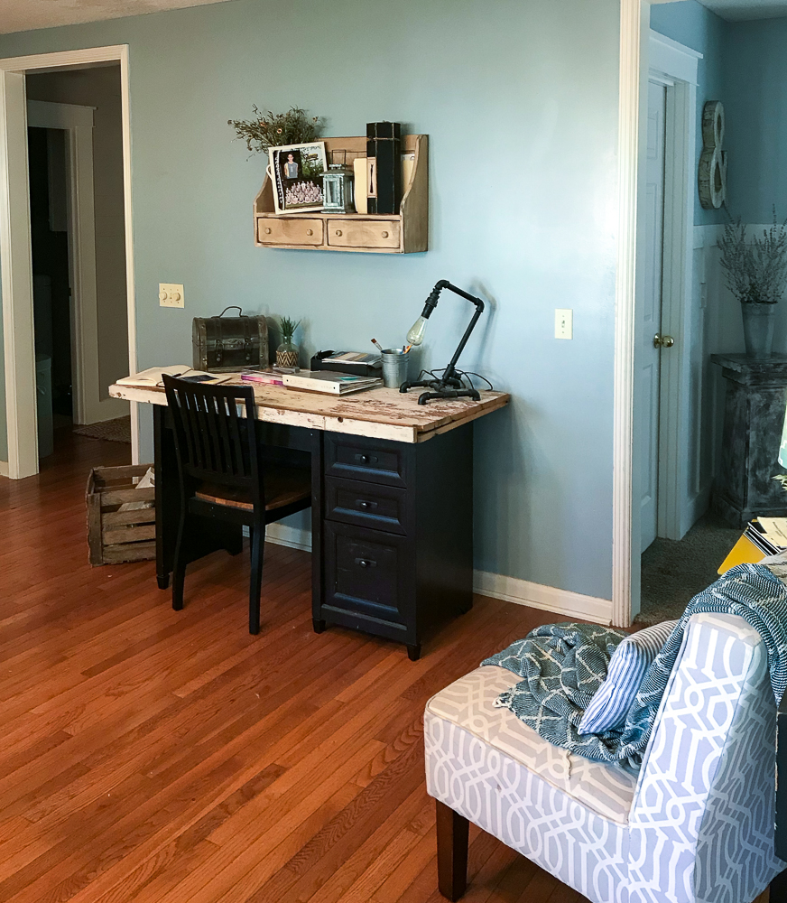 nook area with a desk and chair