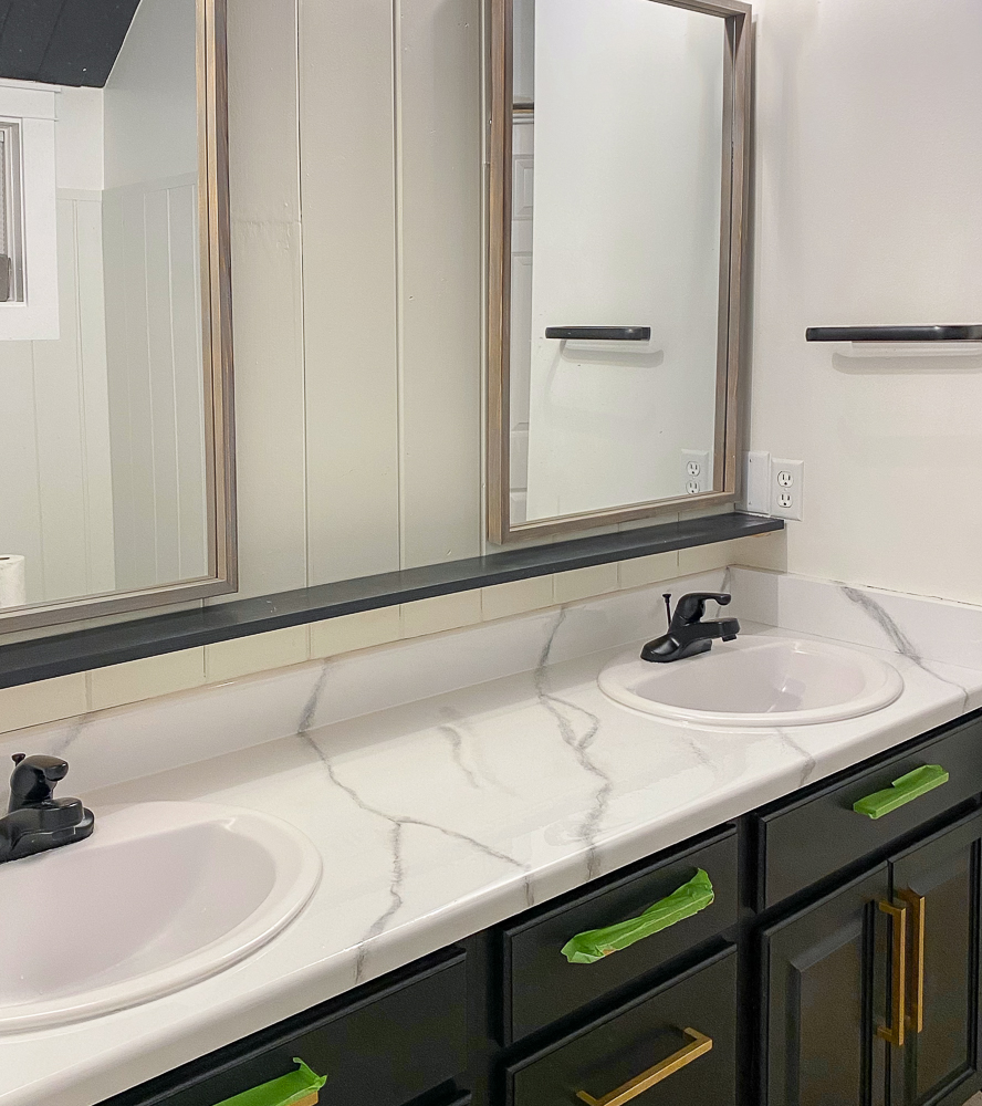 Countertops with marble veining