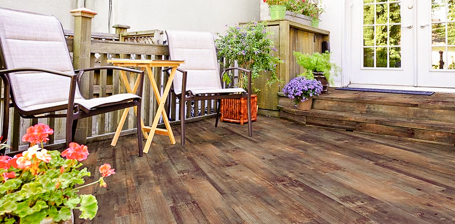 Deck with tile flooring