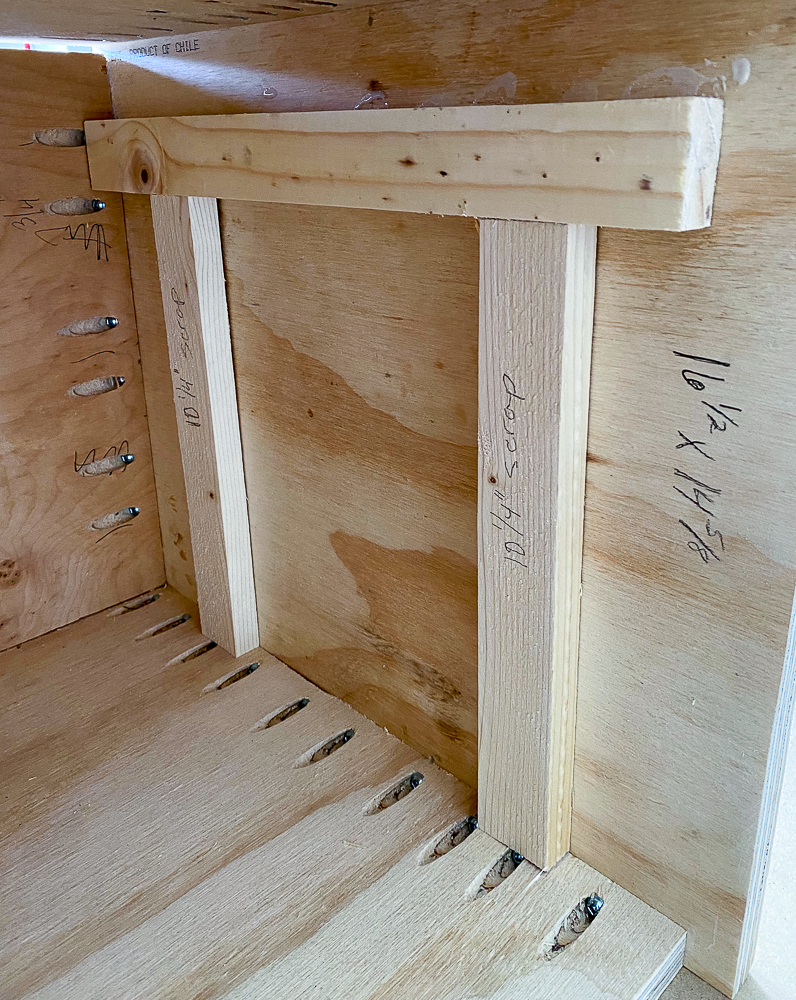 Support guides for drawer supports for nightstand