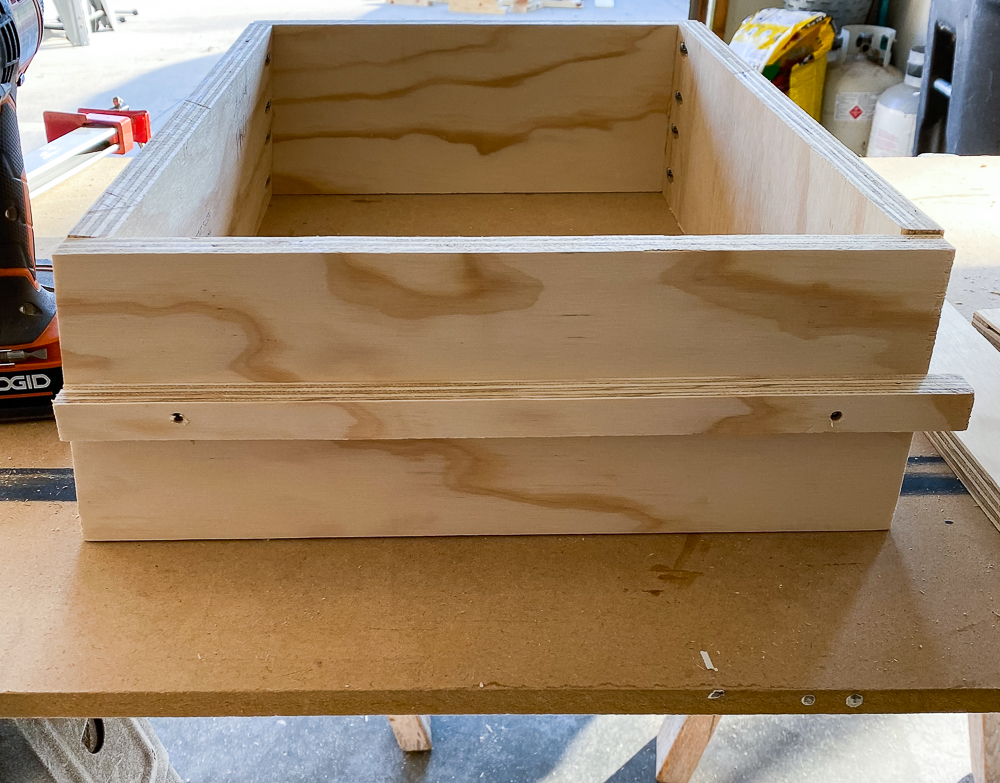 Drawer box with support